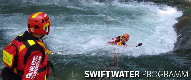 Feuerwehr Swiftwater Rescue Training